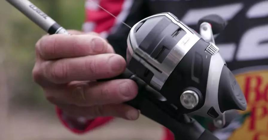 close up image of the spincast reel